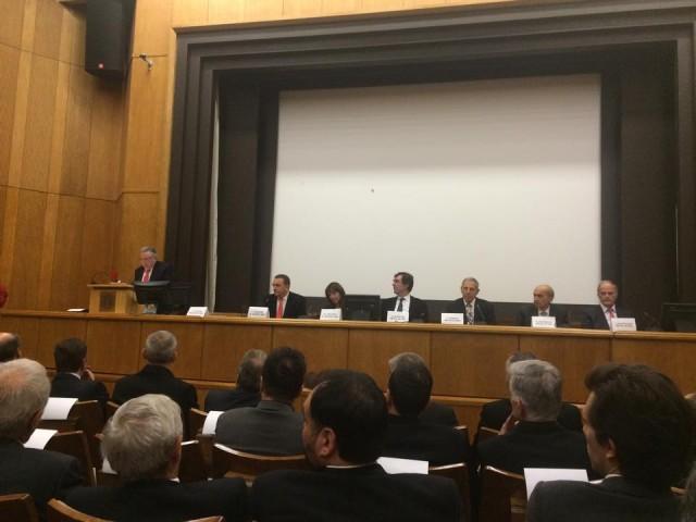 Οι βλέψεις και προτεραιότητες μιας ενδεχόμενης αριστερής κυβέρνησης μούδιασαν σήμερα την ελληνική ναυτιλιακή κοινότητα