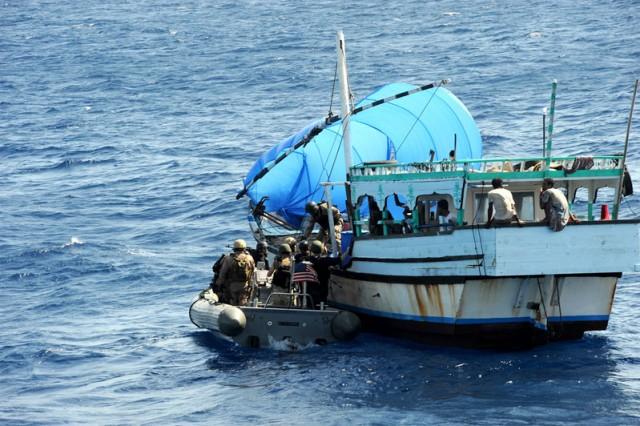 Στόχος των πειρατών οι απαγωγές αξιωματικών στα χωρικά ύδατα της Νιγηρίας