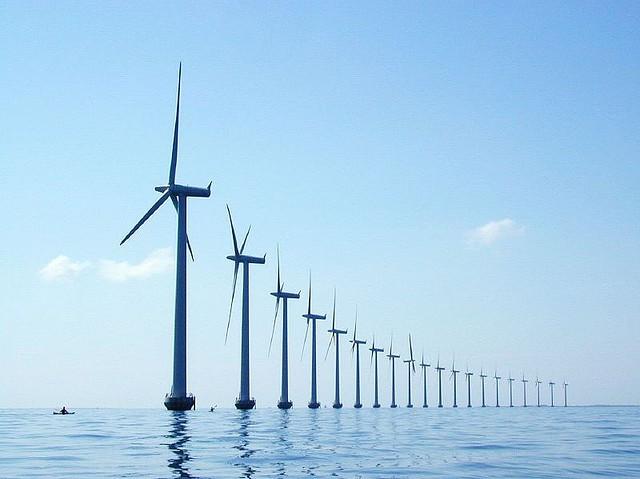 Ρεκόρ παραγωγής αιολικής ενέργειας από τη Δανία