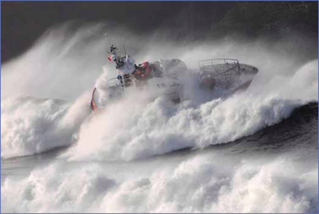 Προσάραξη πλοίου στις ακτές της Άνδρου