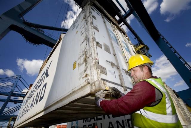 Ανάγκη βελτίωσης των συνθηκών ασφάλειας των εργαζομένων στα λιμάνια