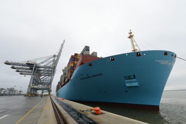 Ο γίγαντας της Maersk πλέει στον Τάμεση