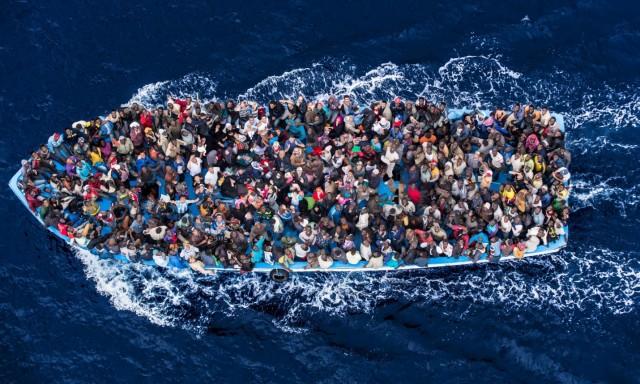 Μείζον ζήτημα για τους φορείς της παγκόσμιας ναυτιλίας η παράνομη μετανάστευση στη Μεσόγειο