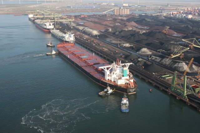 Εξασθενημένη η απόδοση των ναύλων από την παρούσα υπερπροσφορά των πλοίων