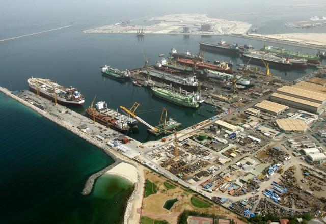 Σε αναδιάρθρωση δανείων προχωρά το ναυπηγείο Drydocks World στο Ντουμπάι