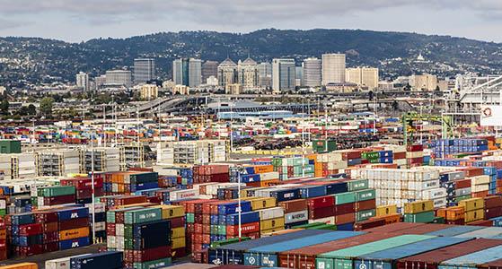Σημαντικές καθυστερήσεις σε λιμάνια διεθνώς