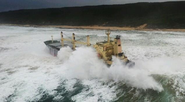 Προσάραξη πλοίου στο Μεσολόγγι