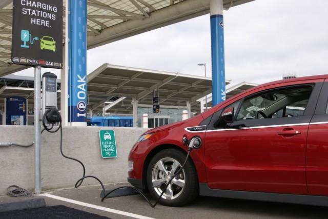Απειλή για τους πετρελαιοπαραγωγούς τα ηλεκτρικά αυτοκίνητα ;