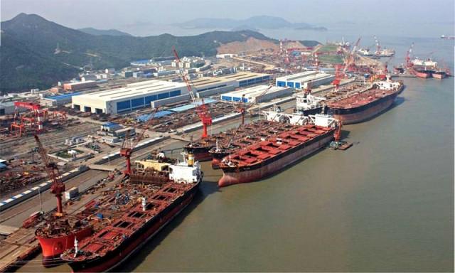 Σημαντική πτώση παραγγελιών για τα κινεζικά ναυπηγεία