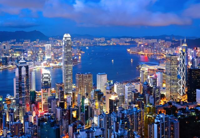 Η Maersk αφήνει τα γραφεία της στη Σιγκαπούρη για το Χονγκ Κονγκ