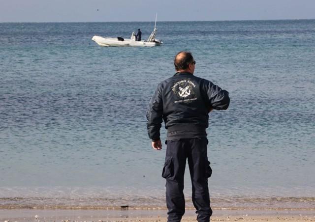 Τρεις νεκροί σε αλιευτικό σκάφος που προσάραξε στην Ερμιόνη