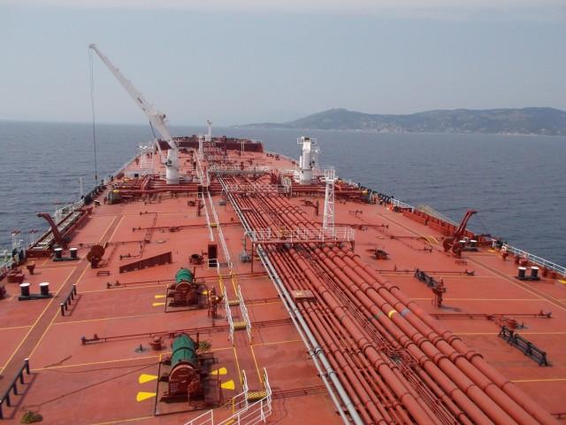 Ο ανηφορικός Γολγοθάς της παγκόσμιας οικονομίας επηρεάζει και τη ναυλαγορά