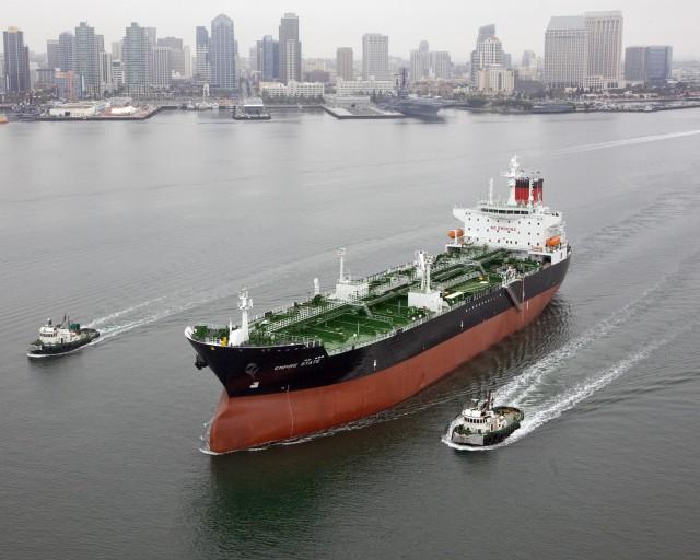 Γιατί οι πλοιοκτήτες μετατρέπουν τις παραγγελίες των Capes σε Tankers (;)