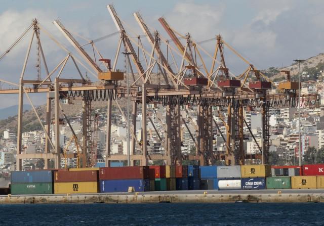 Μία ακόμη ναυτιλιακή εταιρεία επιλέγει τον Πειραιά ως λιμάνι μεταφόρτωσης