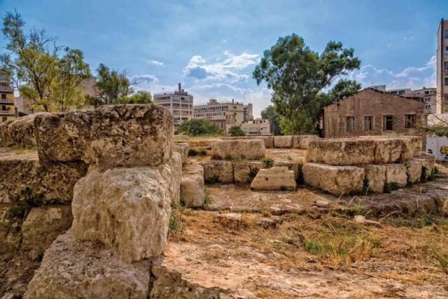Δράση καθαρισμού των αρχαίων τειχών του Πειραιά