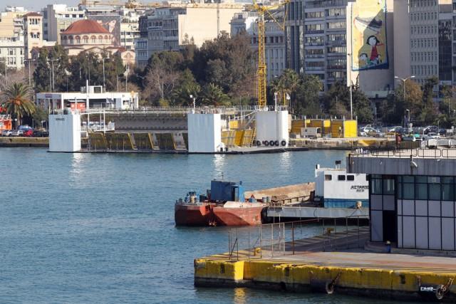 ΟΛΠ: διαγωνισμός για την επισκευή και συντήρηση της μεγάλης πλωτής δεξαμενής