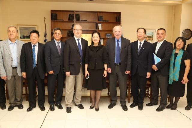 Συνάντηση εργασίας ΟΛΠ και εκπροσώπων του κινεζικού λιμένα Shenzhen
