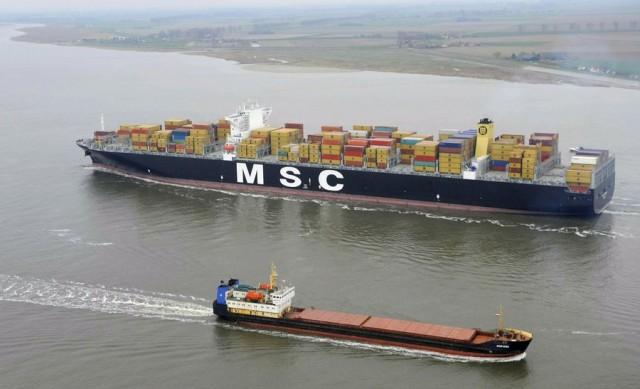 Θετική η ανατροπή στην παγκόσμια ναυλαγορά για τον τομέα των bulkers και των containers