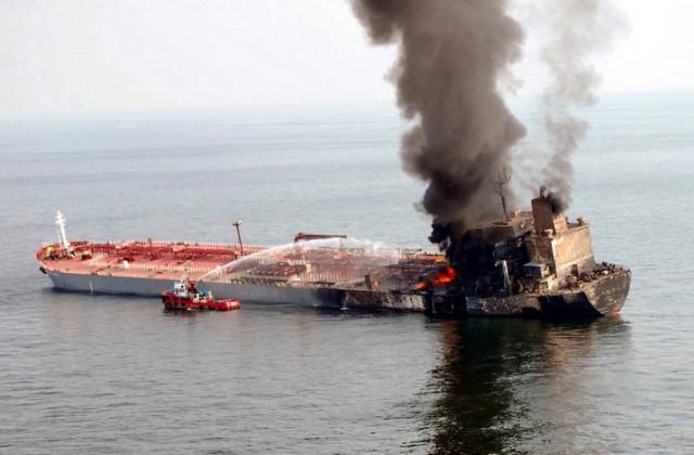 Βομβαρδισμός ενός ακόμη πλοίου στη Λιβύη