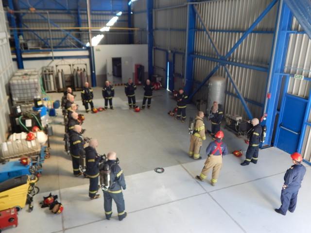 Εκπαίδευση αξιωματικών της «Celestyal Cruises» για την καταπολέμηση πυρκαγιών από το Π.Ν.