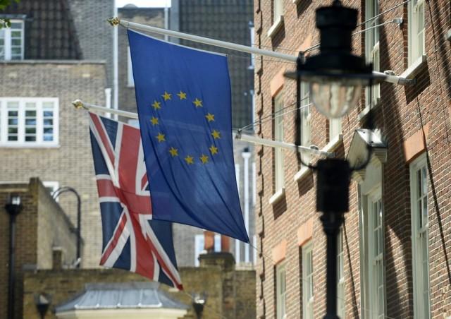 Δημοψήφισμα για την παραμονή στην ΕΕ θα διεξάγει η Βρετανία