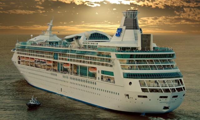"""Στην Κρήτη το κρουαζιερόπλοιο """"Rhapsody of the Seas"""""""