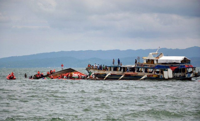 36 die in motorboat capsize in Philippines