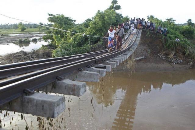 Heavy monsoon rains create floods in Myanmar
