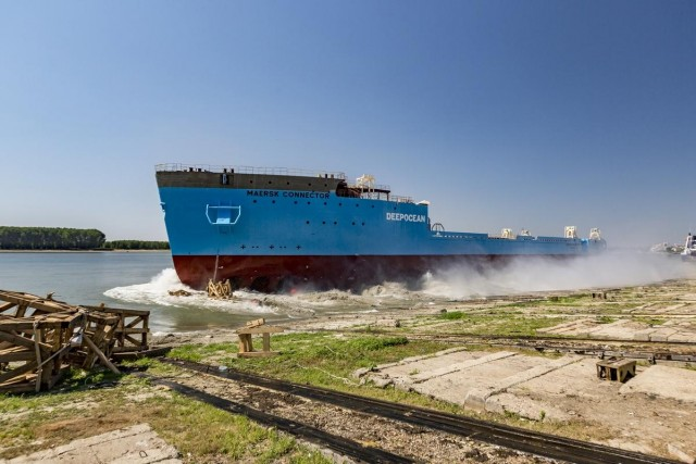 Launch of Maersk Connector (3) LR