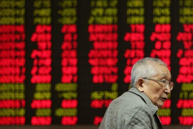 Η Κίνα «βυθίζει» τις παγκόσμιες αγορές