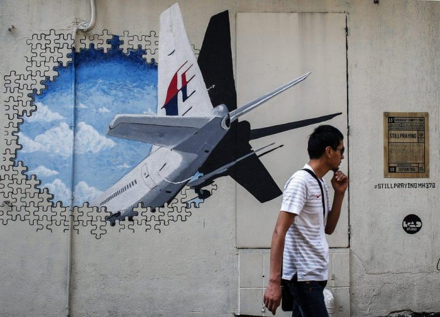 Βρέθηκαν τα συντρίμμια που ανήκουν στο Boeing 777 της Μalaysia Αirlines (;)