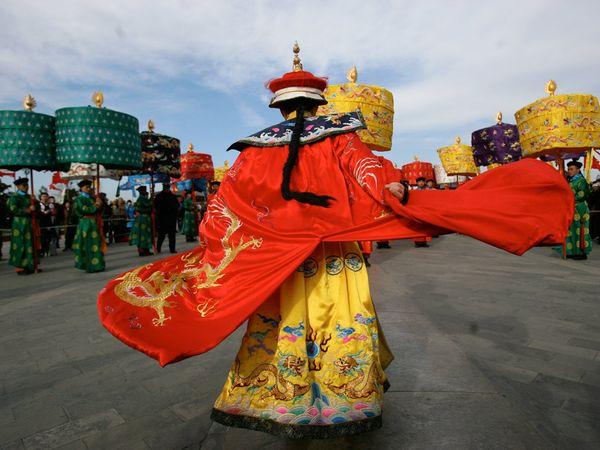 Η κατρακύλα της Κίνας από το βάθρο της παγκόσμιας ανάπτυξης