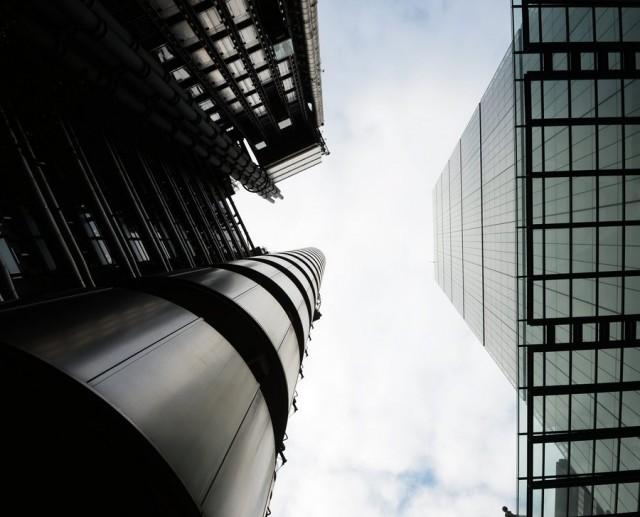 Το 2015 αναμένεται να είναι η καλύτερη χρονιά στην ιστορία των συγχωνεύσεων και εξαγορών