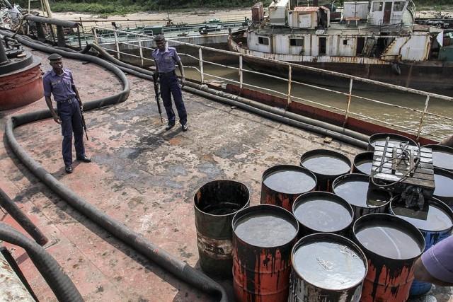 Αργό πετρέλαιο: Στην χαμηλότερη τιμή της εξαετίας