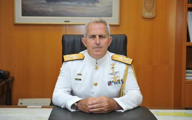 Ο αρχηγός ΓΕΝ αναλαμβάνει τη θέση του Αρχηγού ΓΕΕΘΑ