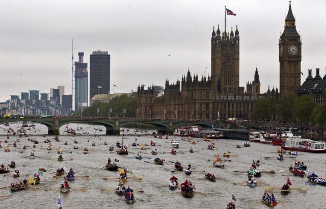 Βρετανία: εκατομμυριούχος ο ένας στους έξι κατοίκους