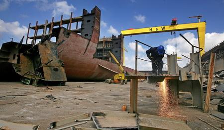 Πτώση στις τιμές διαλύσεων πλοίων