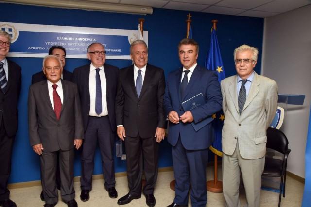 Στον Πειραιά οι αρμόδιοι Ευρωπαίοι Επίτροποι για θέματα Μετανάστευσης