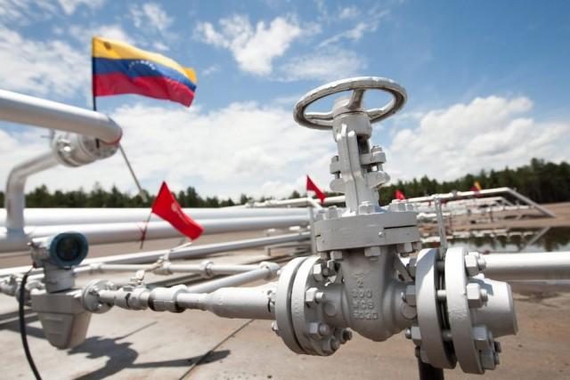 Ρωσία και Βενεζουέλα θα 'ανεβάσουν' τις τιμές του πετρελαίου(;)