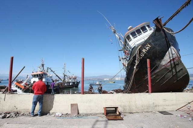 Εικόνες βιβλικής καταστροφής στα λιμάνια της Χιλής