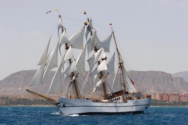 Το «Guayas» εκπροσωπεί τον Ισημερινό στις θάλασσες του κόσμου