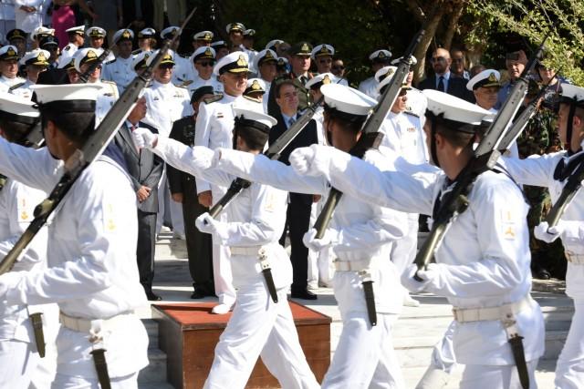 Η ορκωμοσία των πρωτοετών Ναυτικών Δοκίμων ΠΝ και των Δόκιμων Σημαιοφόρων Λ.Σ