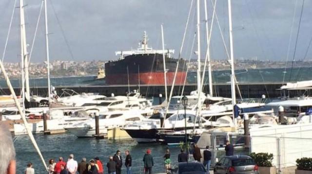 Με ασφάλεια ρυμουλκήθηκε το «Tokyo Spirit» σε τοπικό ναυπηγείο