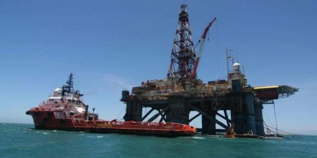 Η Κούβα αναζητά πετρέλαιο στα ύδατά της