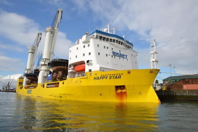 """Το """"Happy Star"""" παρέδωσε 22 πλοία στο ναυπηγείο Damen"""