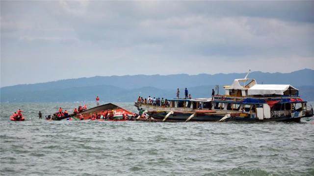 Μετά τα πολύνεκρα ναυάγια μόνο νεότευκτα στην ακτοπλοΐα των Φιλιππίνων επιθυμεί η Μανίλα