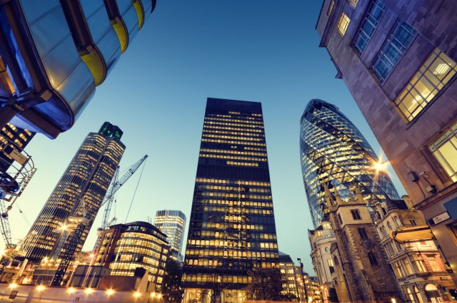 Σε μαζική φυγή οι μεγάλες τράπεζες από το City του Λονδίνου