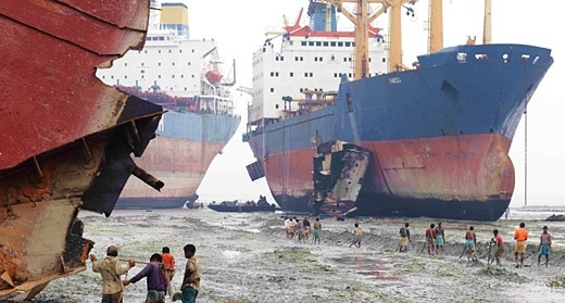 Λόγω της χαμηλής ναυλαγοράς οι πλοιοκτήτες προτιμούν το Lay Up από τη διάλυση