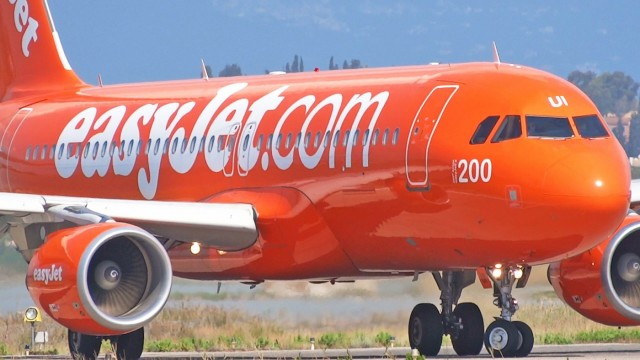 H Easy Jet παραγγέλνει νέα αεροσκάφη από την Airbus