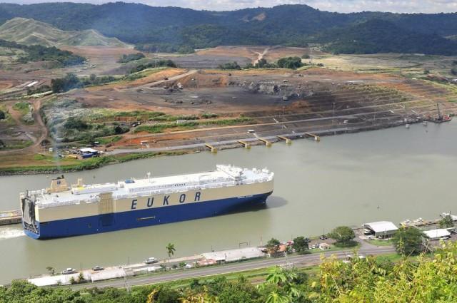 4 μέρες αναμονή για τα πλοία στον Παναμά